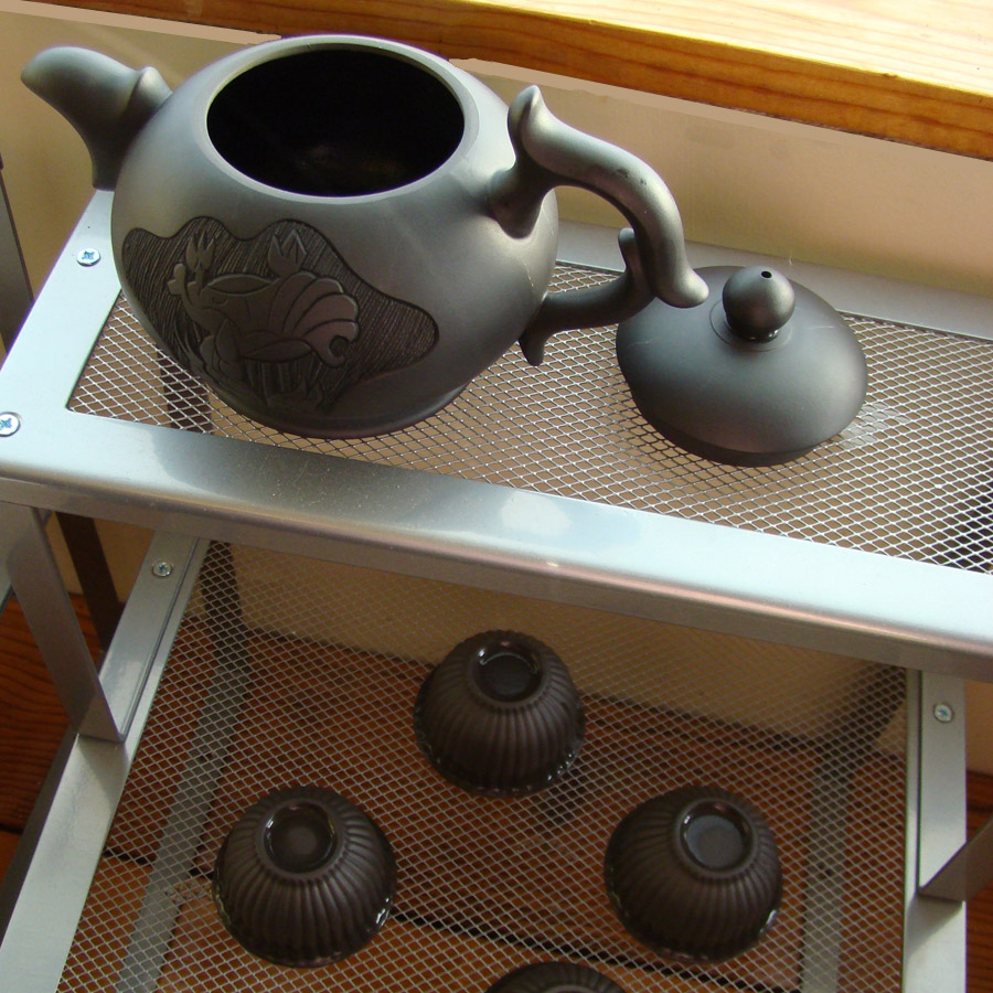 Seasoning a New Yixing Teapot - step 3